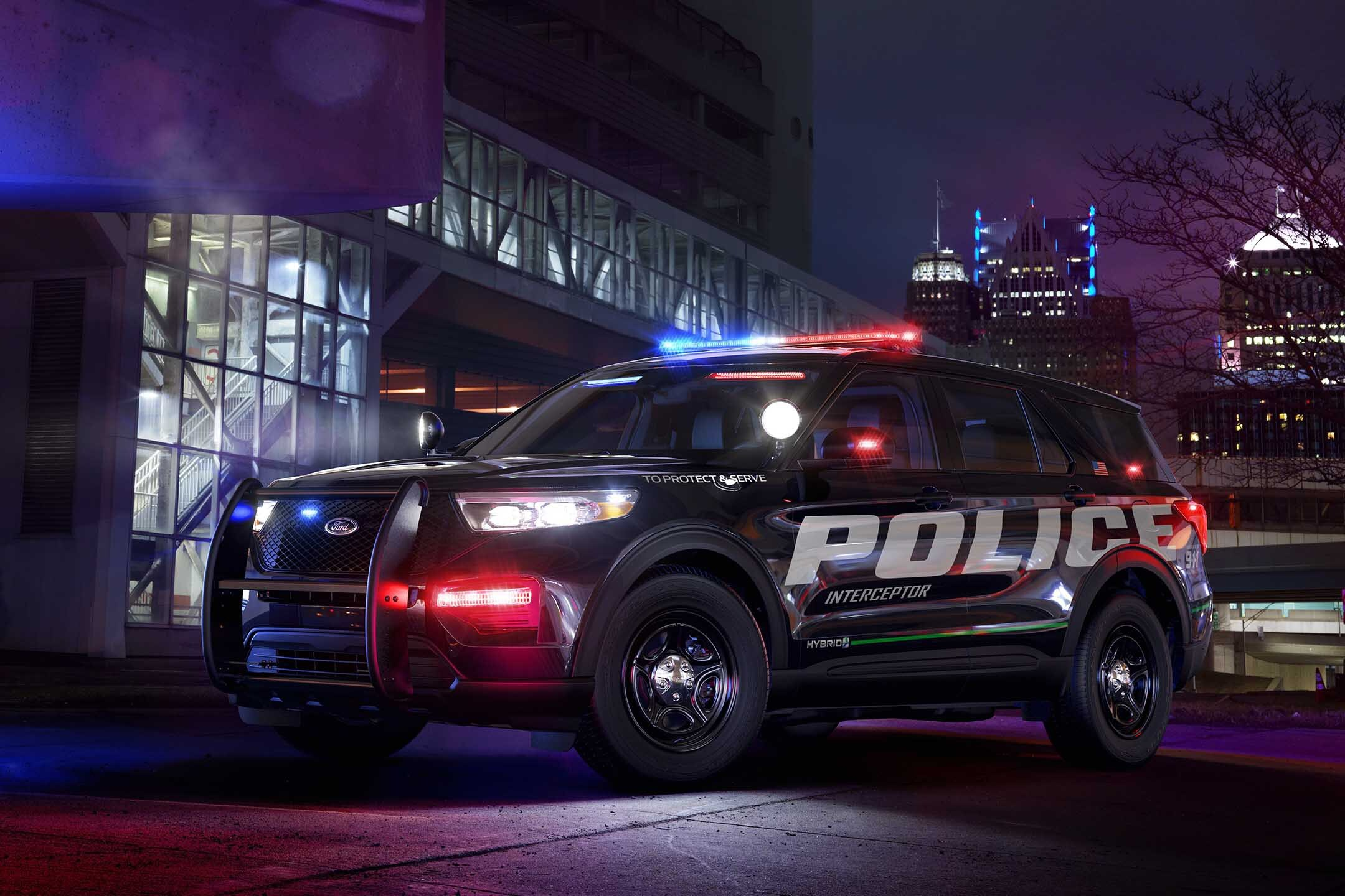 POLICE FULL SIZE SUV